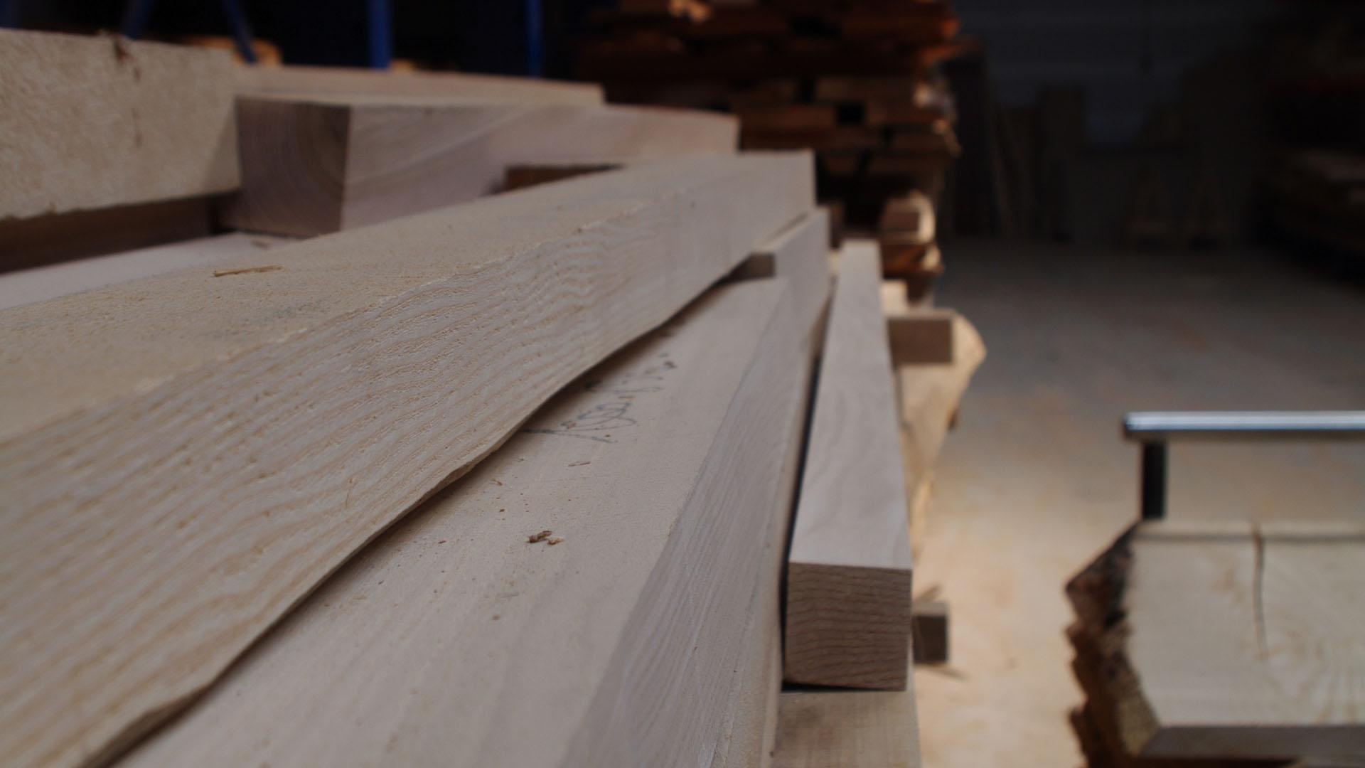 Cav in wood